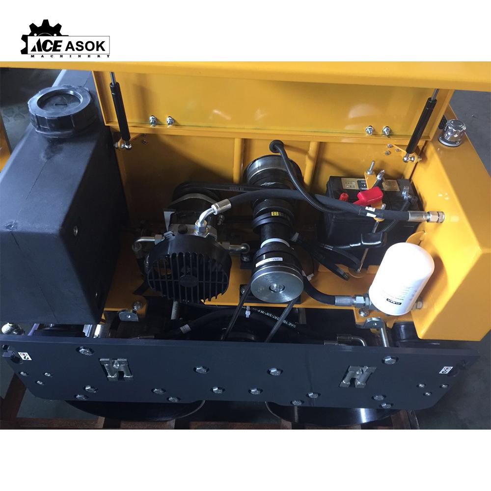 RL-700D Vibratory roller